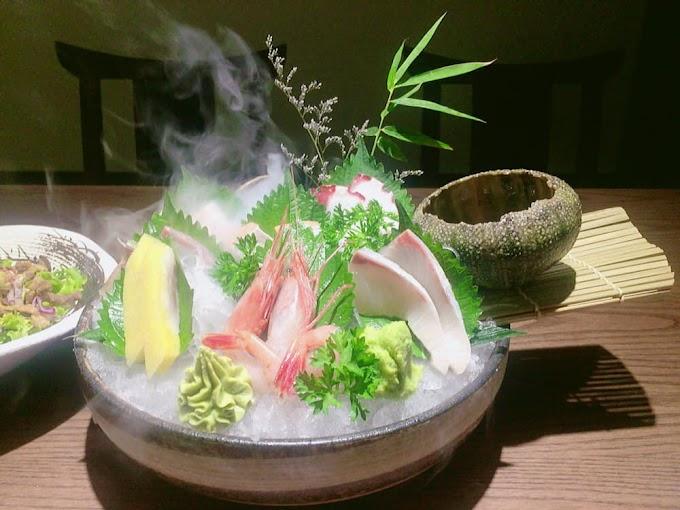 Góc Sashimi tại Samurai Restaurant - 33 Nguyễn Chánh