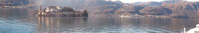 Lago d'Orta, specchio d'acqua tra i monti