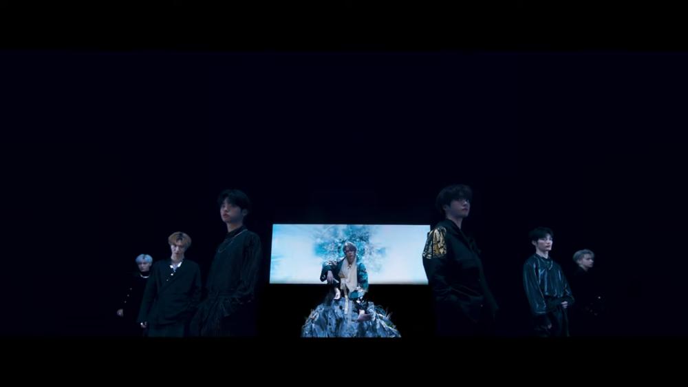 MIRAE Looks Futuristic in Debut MV 'KILLA'
