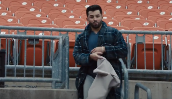 Baker Mayfield covers seats at FirstEnergy Stadium in Progressive commercial
