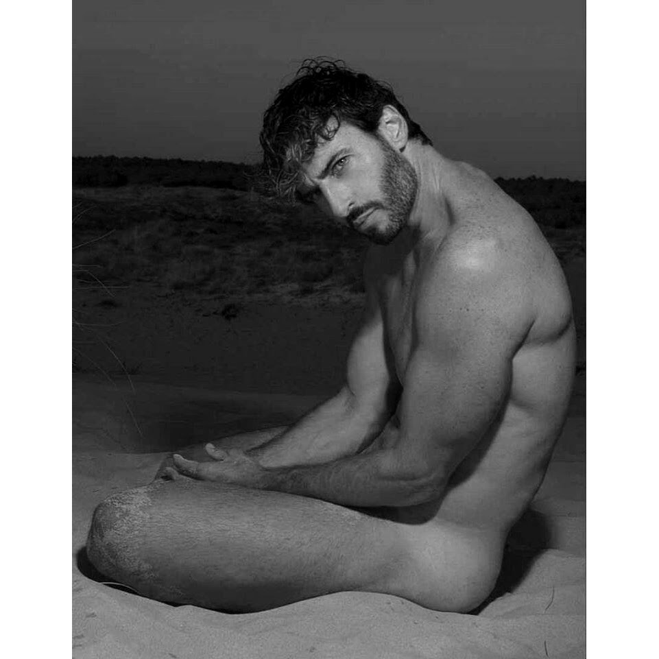 SanD on BodY, by O_A_X ft Costanzo