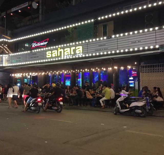 Nhiều chuyện ở góc phố Tây - Sài Gòn