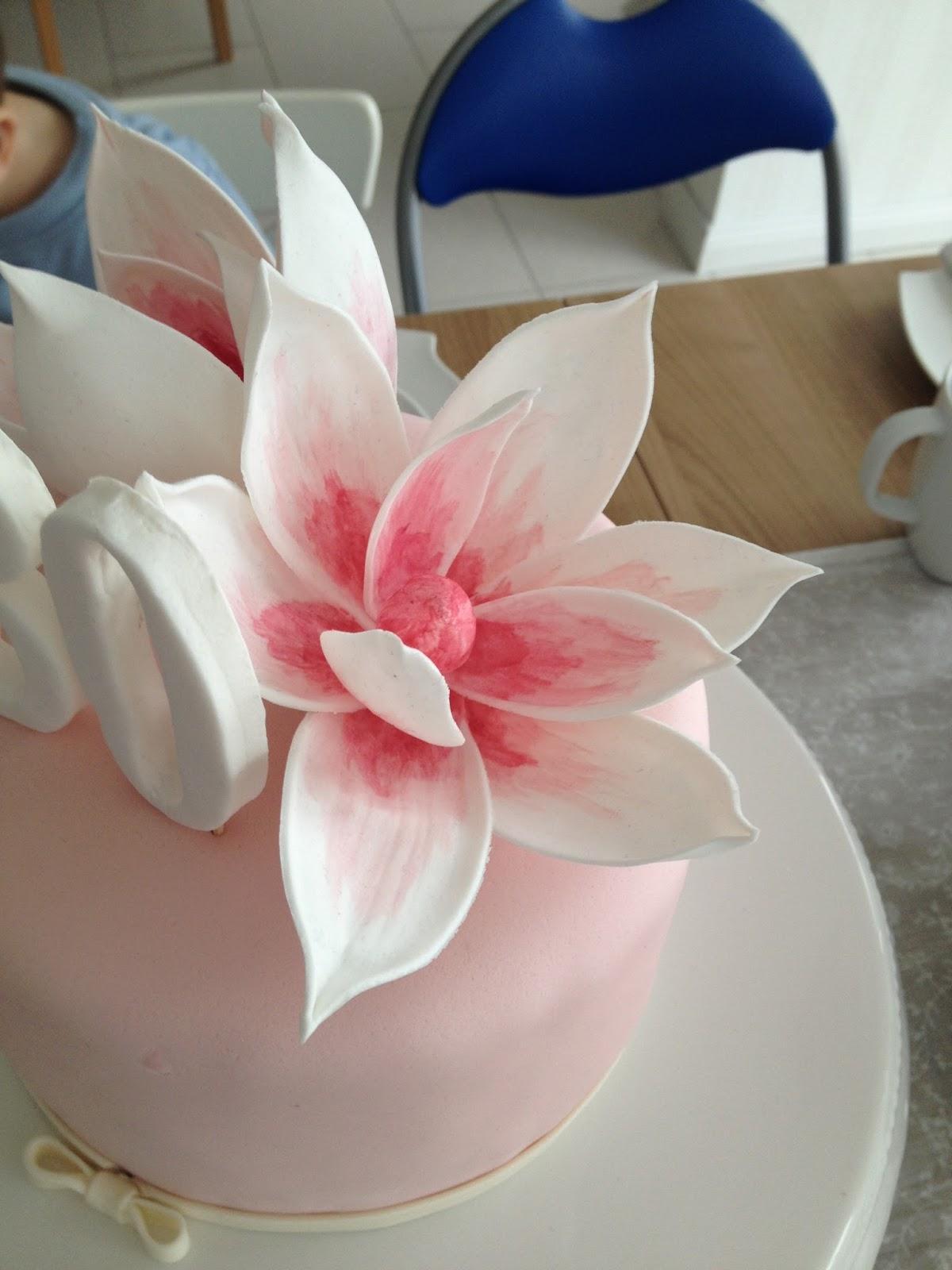 bastelqueen 30 geburtstag tischdeko torte und cupcake. Black Bedroom Furniture Sets. Home Design Ideas