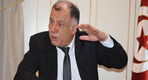 """رجّح المدير العام للمعهد التونسي للدراسات الاستراتيجية ناجي جلول أن تواصل الدولة التونسية في سياسة الترفيع في سن التقاعد خلال السنوات القادمة، مشيرا إلى أنه """"يمثل أحد الحلول المتوفرة حاليا لحل أزمة الصناديق الاجتماعية المتفاقمة""""."""
