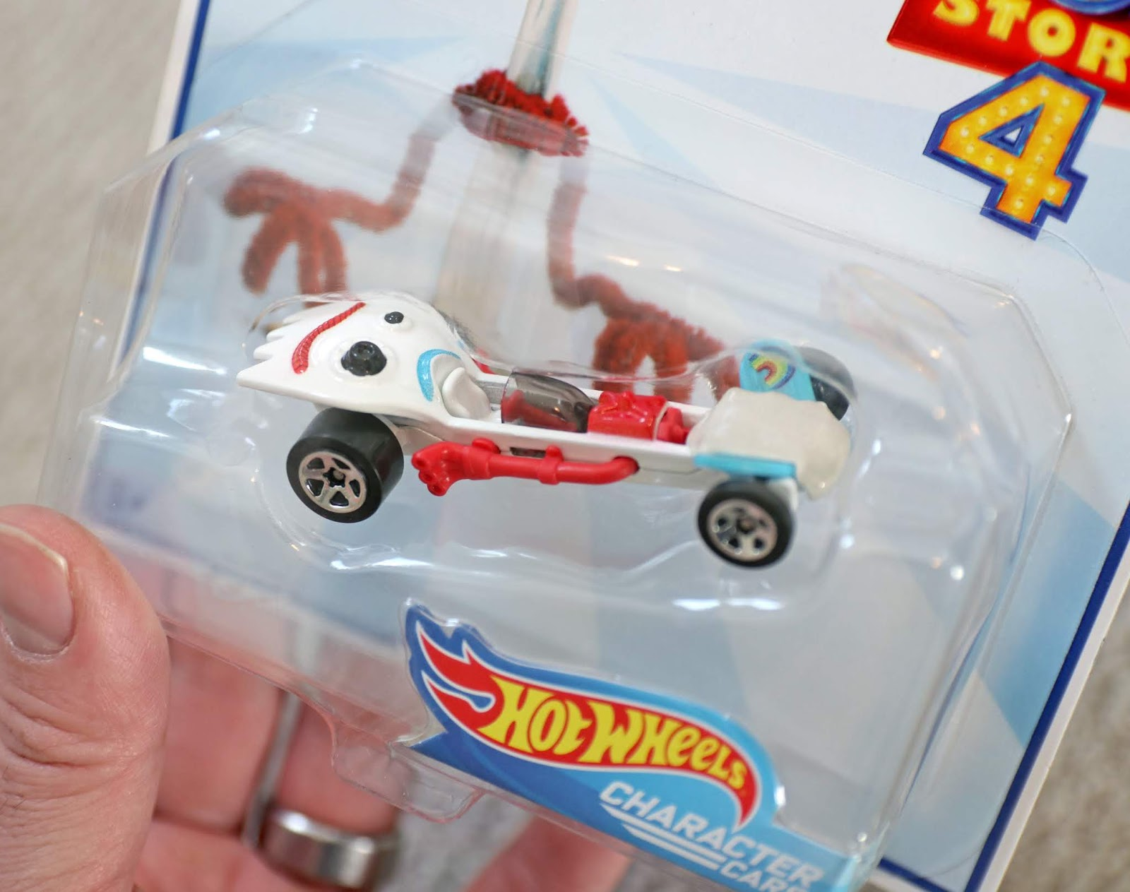 toy story 4 hotwheels character cars forky