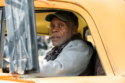 Danny Glover in Monster Trucks (14)