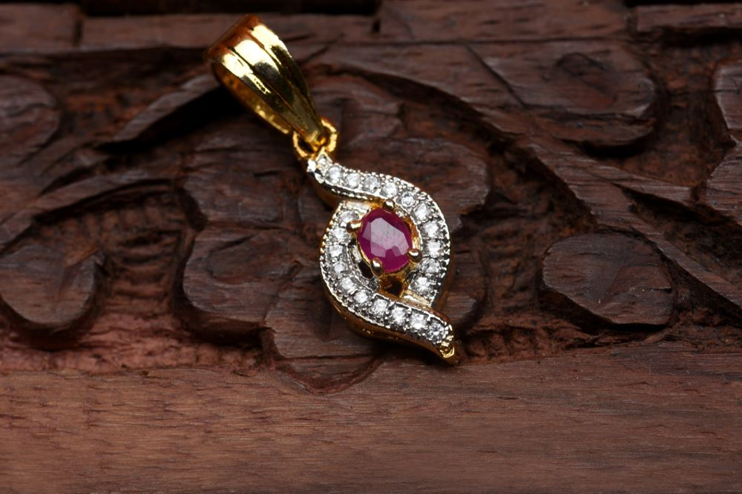 A Guide on to Buy Ruby Jewellery