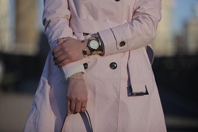 brooklyn bridge photos - pink trench coat - m. gemi flats - pink sunglasses - OOTD - fashion blogger NYC - Hijabi blogger - Haute Hijab Scarf - Kate Spade Pink Bag - J. Crew Denim