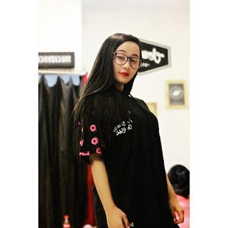 Bobotoh Cantik Bernama Dian Maung Geulis Gadis Asli Kota Bandung model distro cantik