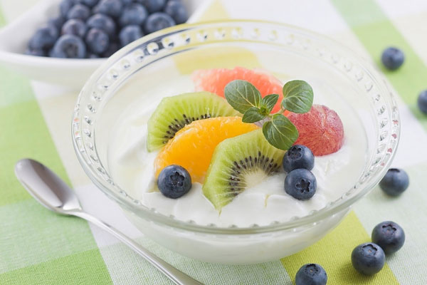 Vậy bệnh đau dạ dày có nên ăn sữa chua không?