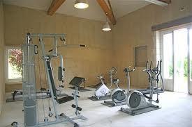 interieur maison 2011 decoration salle de sport. Black Bedroom Furniture Sets. Home Design Ideas