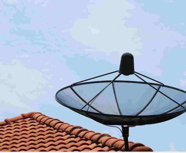 What is a satellite dish used for? | How does a satellite dish Work?