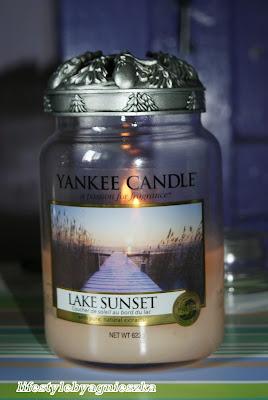 Yankee Candle Lake Sunset - świeca pachnąca jeziorem?