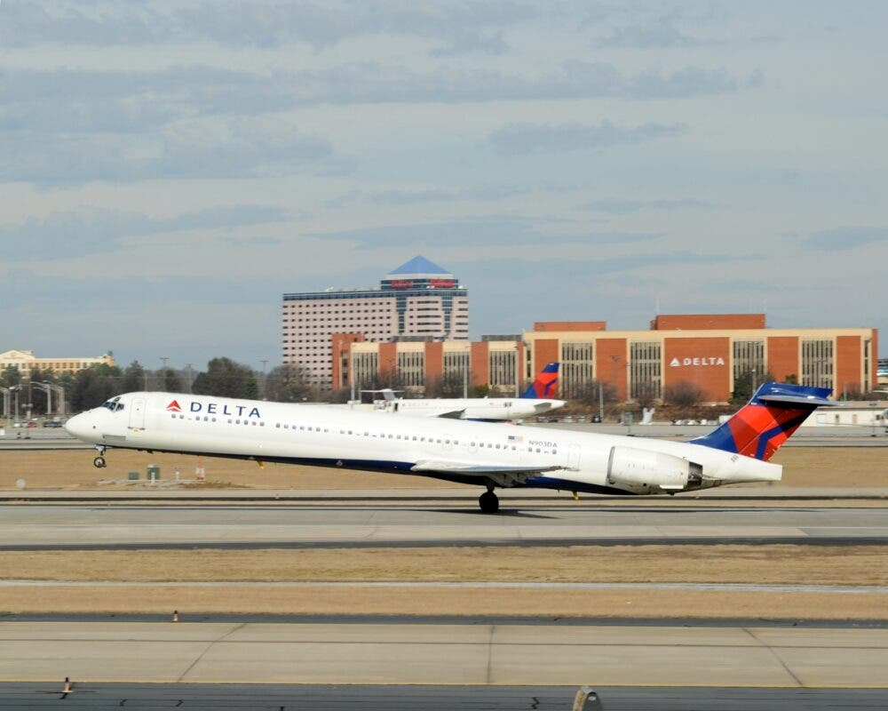 Delta's MD-88 and MD-90 Completed Farewell Flight
