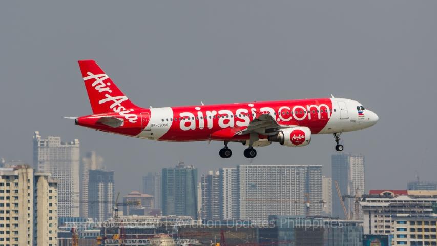 An AirAsia Airbus A320 arriving