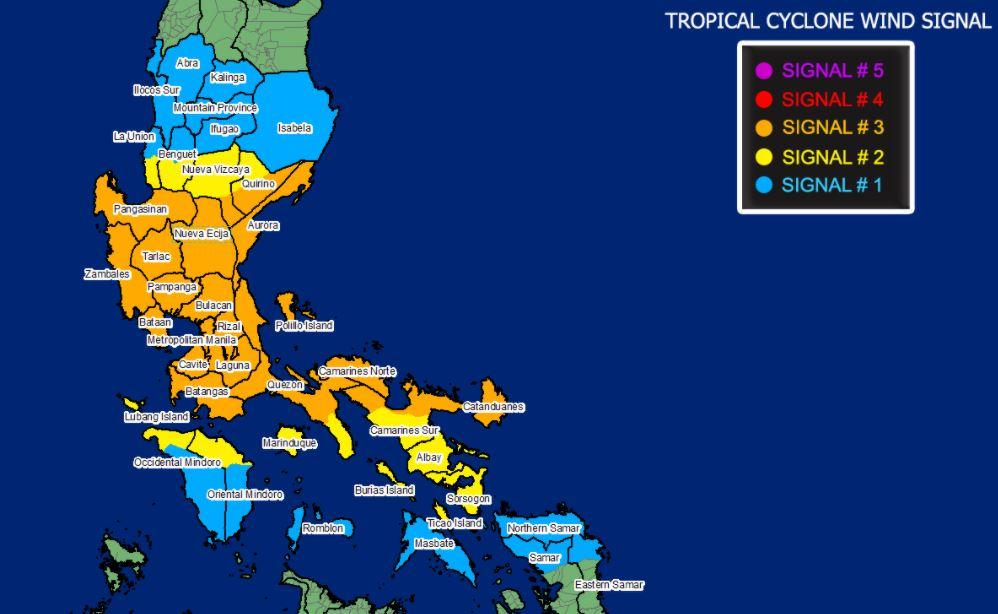 Typhoon 'Ulysses' endangers Quezon province