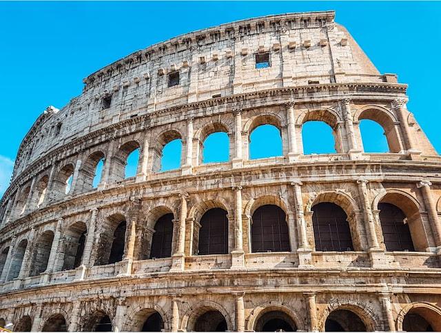 Statua Equestre Di Marco Aurelio St. Peter's Basilica rome otel tavsiye romada kalınacak yerler roma'da nerede kalınır roma uçak bileti roma gezilecek yerler
