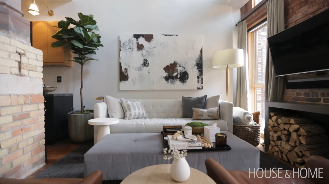 22 Interior Design Photos vs. This Church Turn Townhouse Living Is Must-See