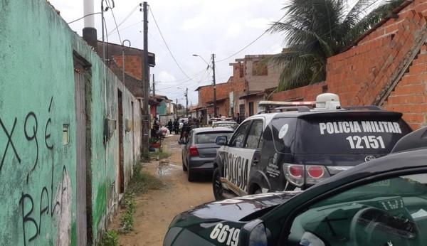 Criminoso na lista dos mais procurados do Ceará mata cunhado a tiros após irmã ser agredida, diz polícia