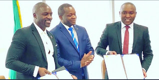 Akon officially sign agreement on Akon City with Senegalese Government