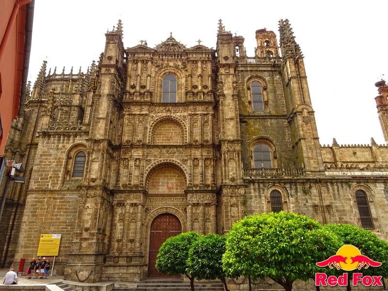 Iberia en moto 2 etapa ruta v a de la plata for Oficina de turismo plasencia