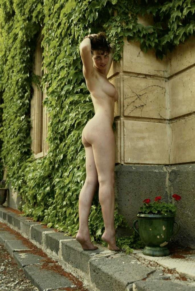 Met-Art 20041224 - Lucy S - Sunset Goddess - by Richard Murrian