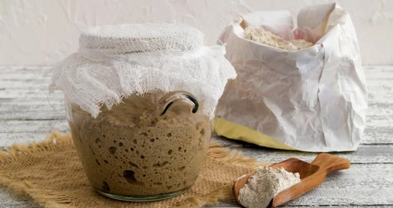 brašno-domaći_kruh-kvasac-recepti-hrana