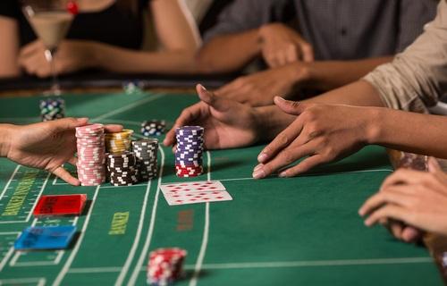 Tips-bermain-baccarat-online