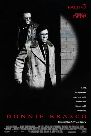 Poster Of Donnie Brasco 1997 In Hindi Bluray 720P Free Download