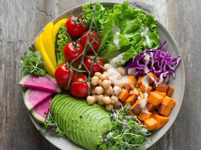 Is Vegetarian Food More Healthy Than Eating Meat?