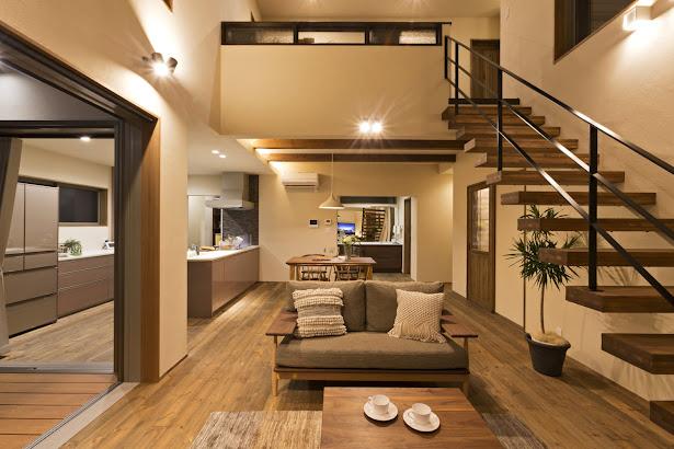 Nội thất phòng khách của nhà cấp 4 mái thái có gác lửng của người Nhật Bản