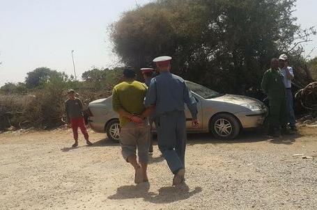agadirpress  رشق حافلة وسيارة وراء توقيف ثلاثيني بشيشاوة  جريدة أكادير بريس