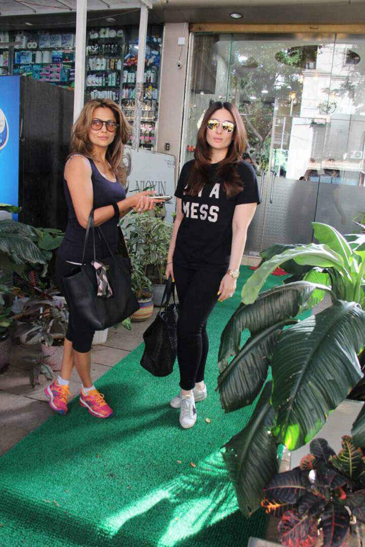 Kareena Kapoor and Amrita Arora Spotted In Bandra, Mumbai