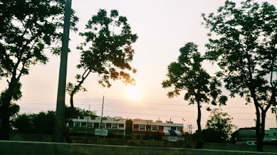 タイの田舎の夕日