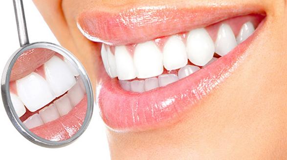 Wajib Dicoba, 10 Cara Alami Memutihkan Gigi