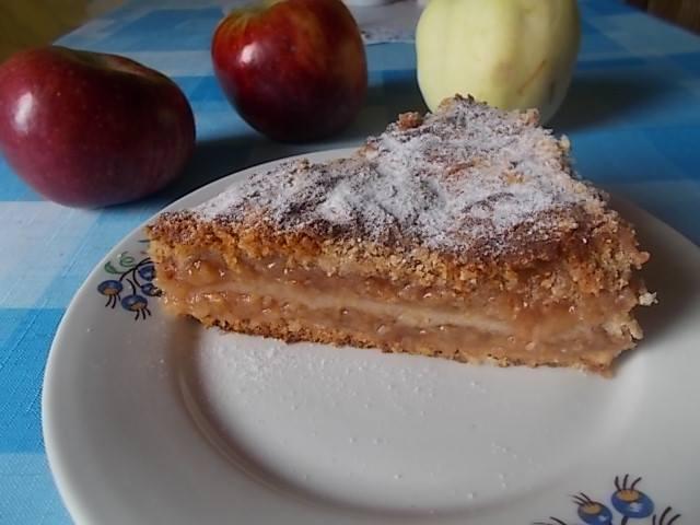 Jabłka , miód i kasza manna