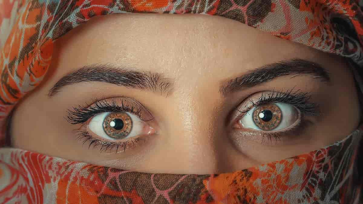 Como cuidar da pele da região dos olhos