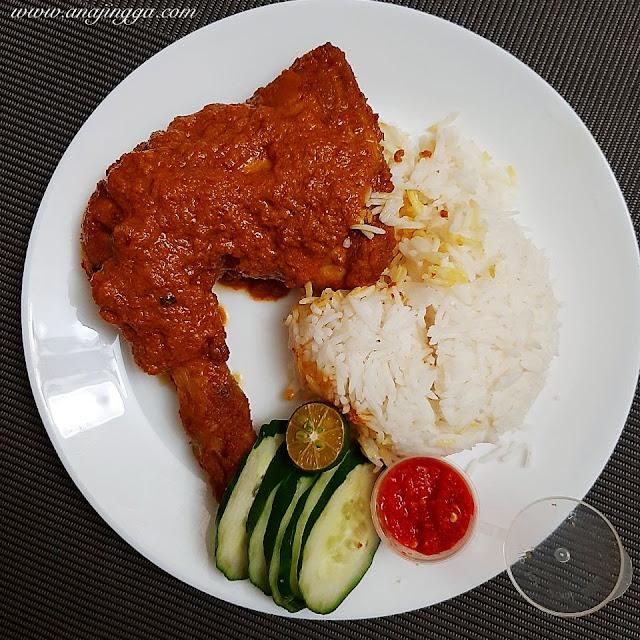 set nasi putih ayam percik