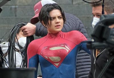 Traje supergirl película TheFlash