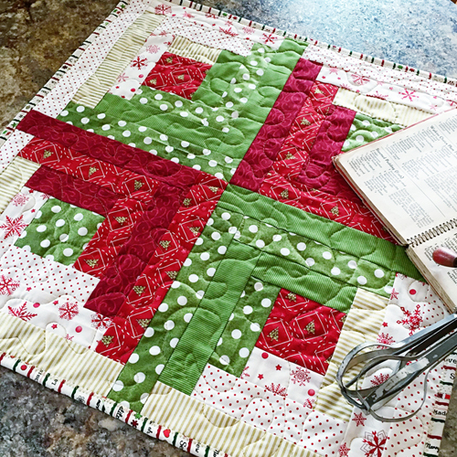 Sew Merry Table Topper Tutorial