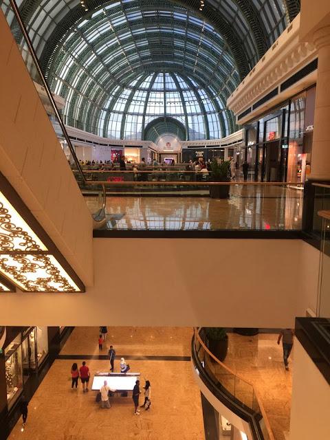 Marina Shopping Mall in Dubai