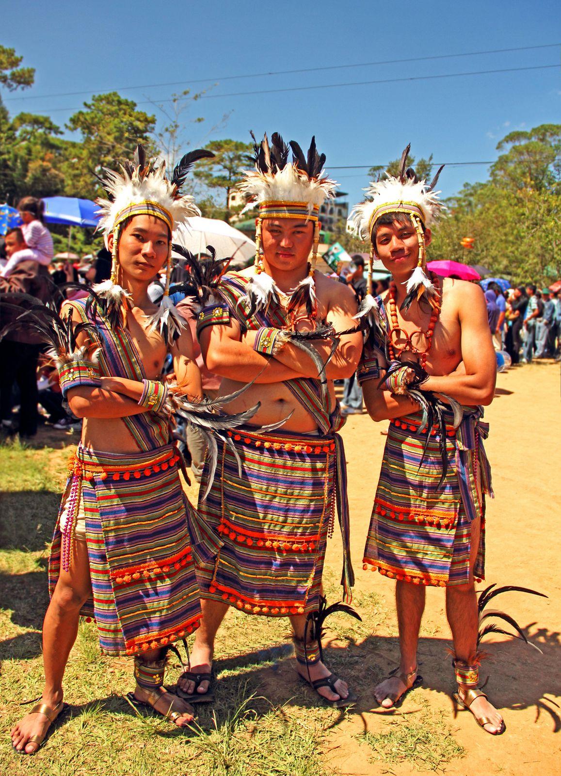 Walking Distance Amp Et Cetera Filipino Costumes