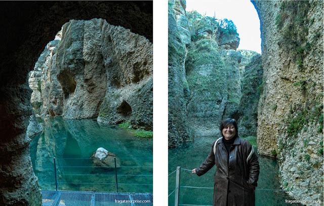 Mina d'água moura em Ronda, Andaluzia