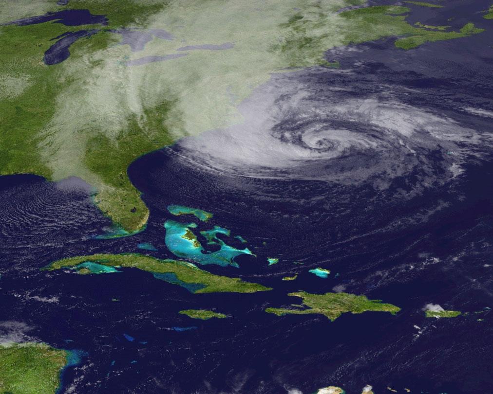 Binary hurricane options