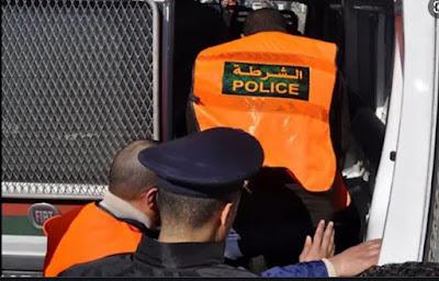 عربدة شرطي تثير الفوضى بالشارع العام رفقة فتيات ..التفاصيل