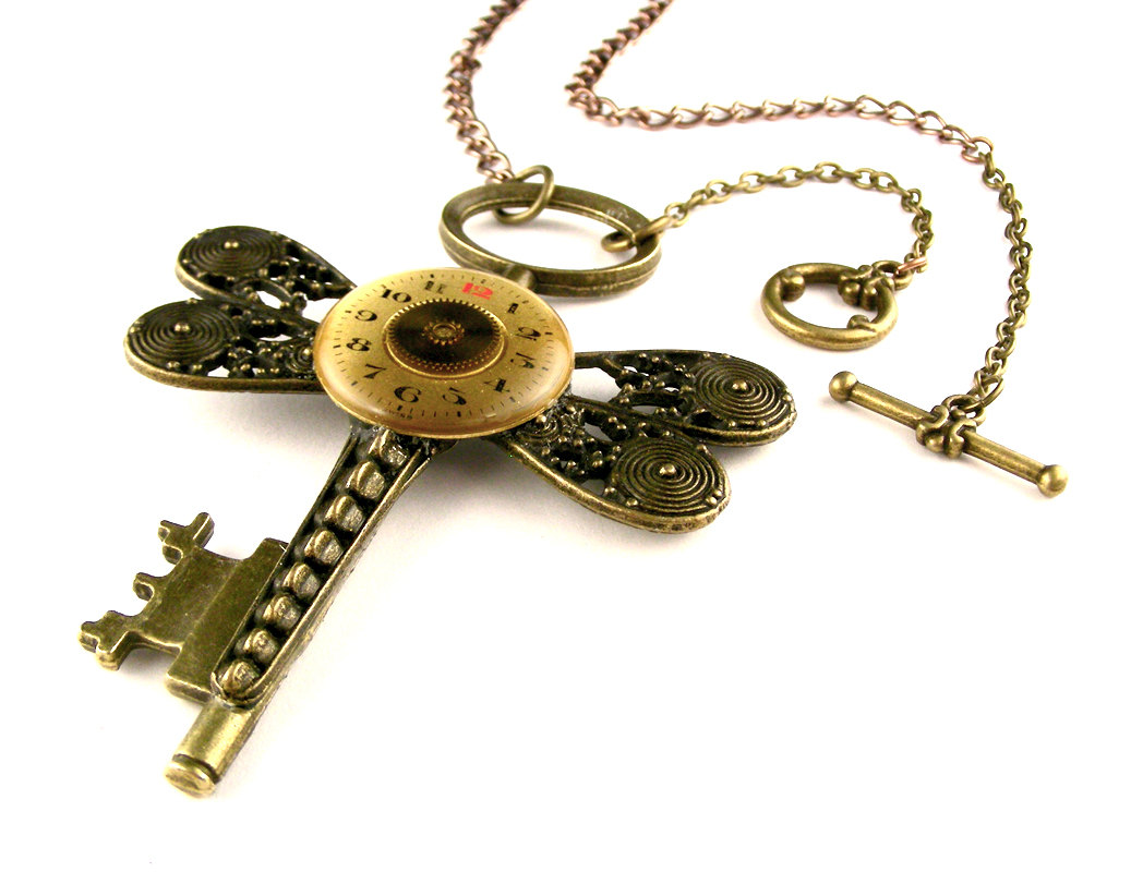 16-Rustic-Dragonfly-Skeleton-Key-Necklace-Nicholas-Hrabowski-Steampunk-Jewelry-from-Recycled-Watches-and-Bullets-www-designstack-co