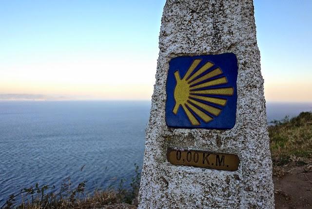 Stele di fine cammino a Capo Finisterre