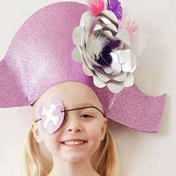 Pirate dress up acessories to make at home DIY hat sword eye patch
