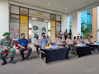 Melalui Subsatgas Kemitraan,  Satgas Nusantara Polri Gelar Baksos dan Bakkes