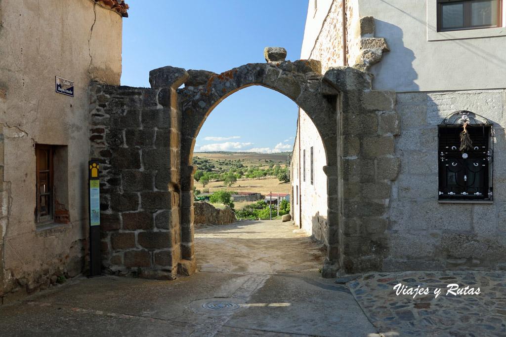 Arco del puerto, San Felices